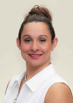 Juliana Sammon, Academic Advisor